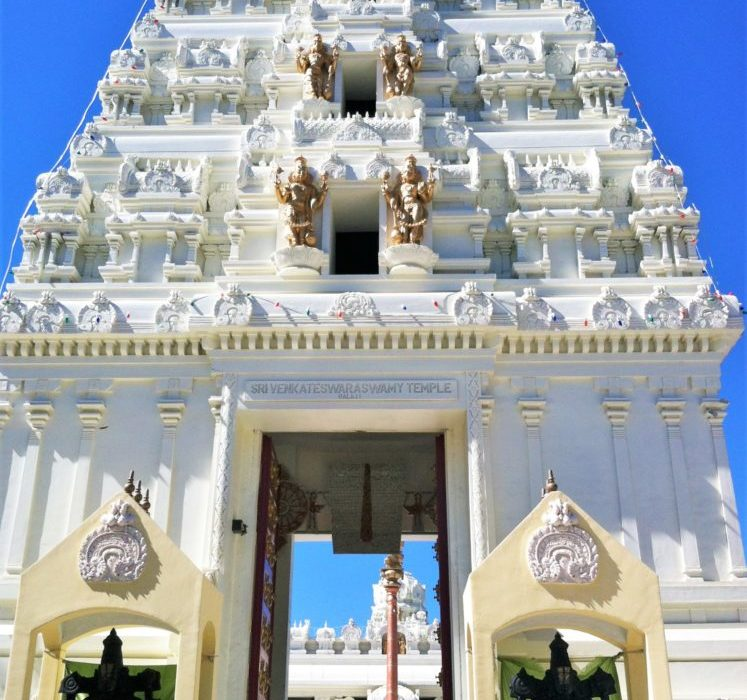 The 5 Most Beautiful Asian Temples in Los Angeles Region You