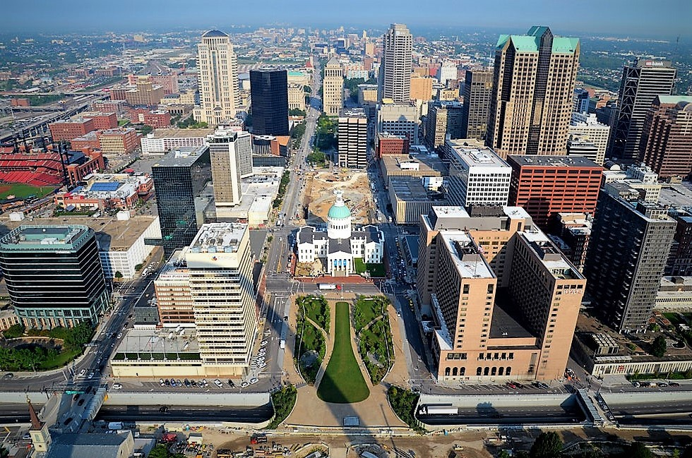 Business Travel Or Long Commute St Louis Offers Outstanding Work