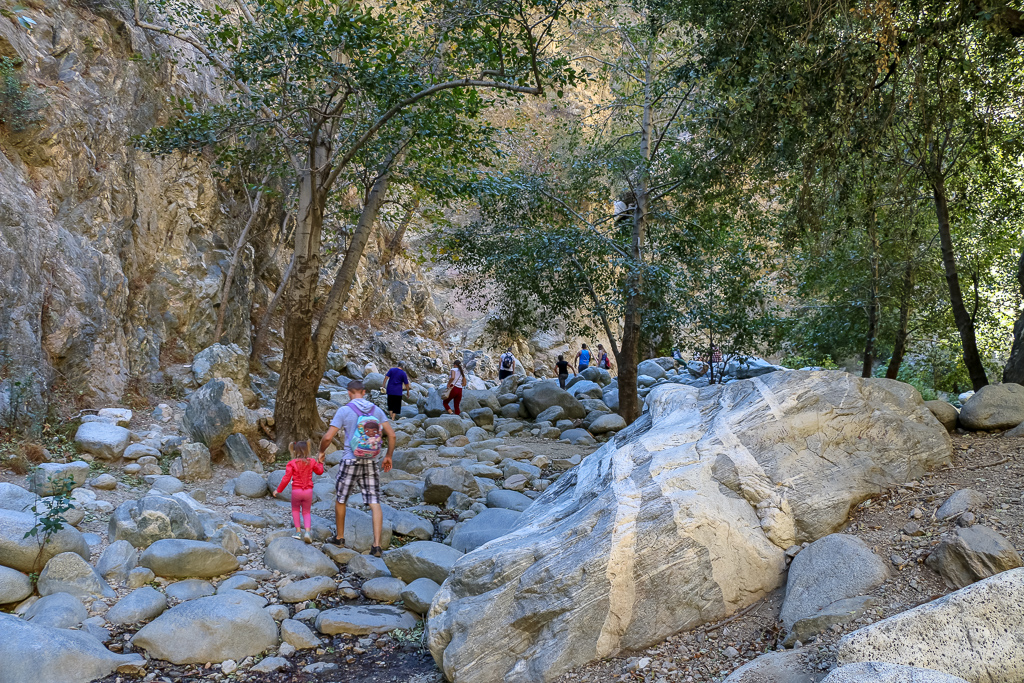 Busy hiking trail to Eaton Canyon Fall