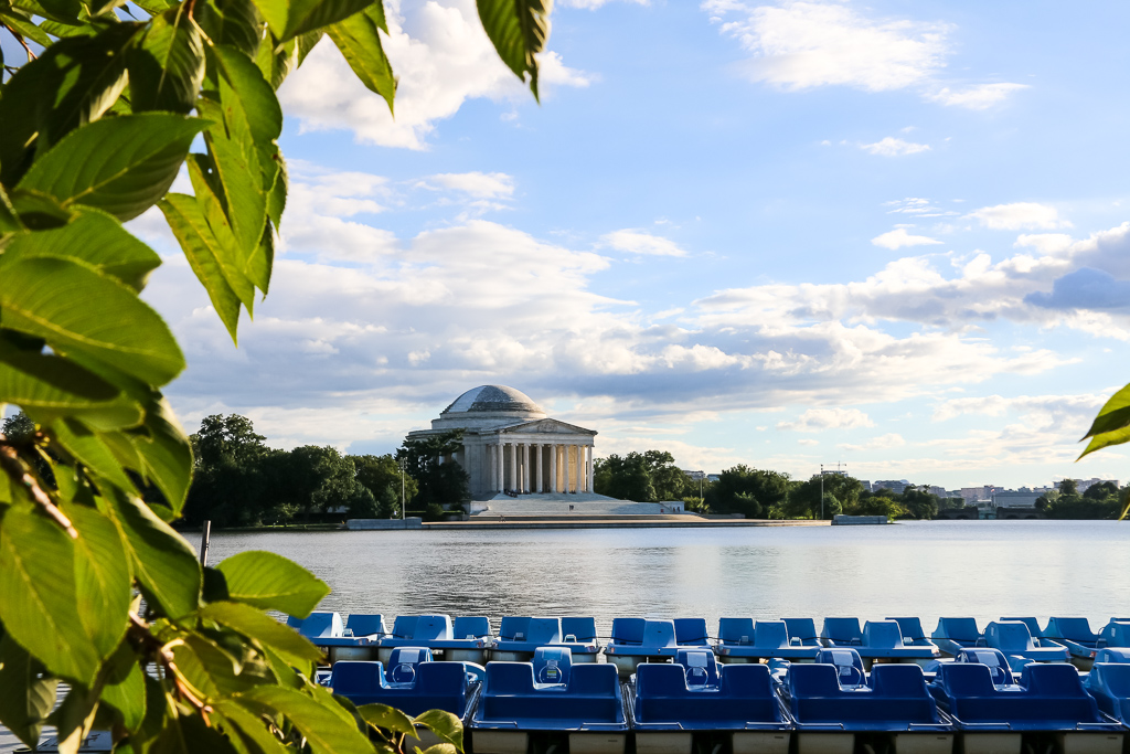 24 hours in Washington, D.C. - Roads and Destinations, roadsanddestinations.com