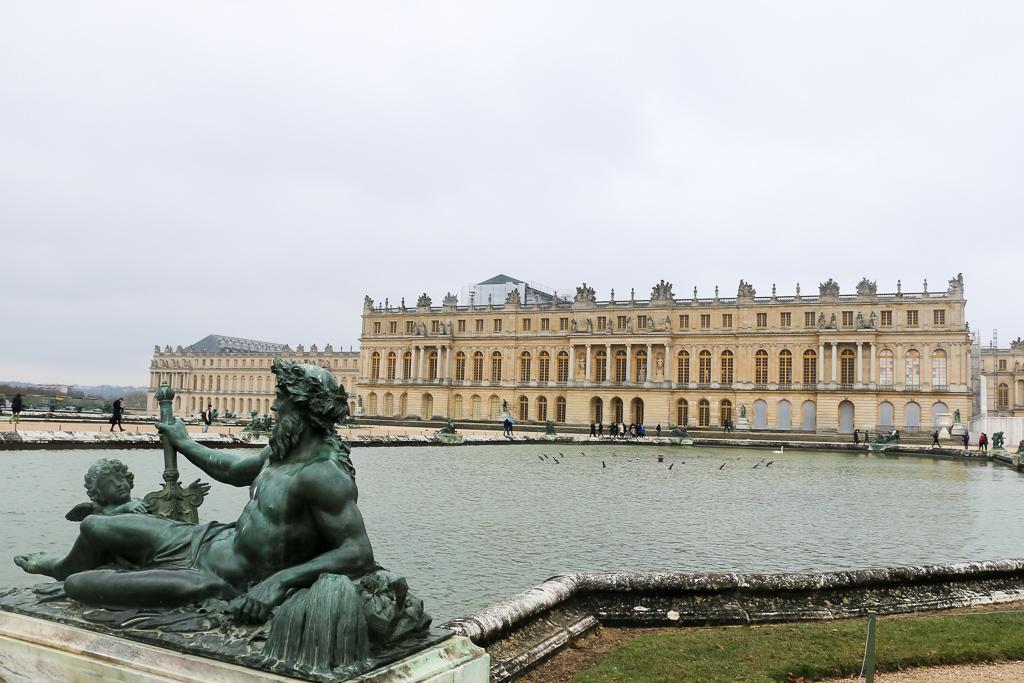 Versailles, www.roadsanddestinations.com