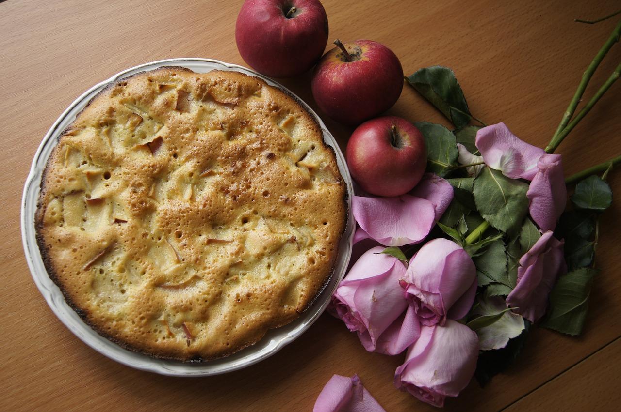 Apple Pie (LisaLiza Pixabay)
