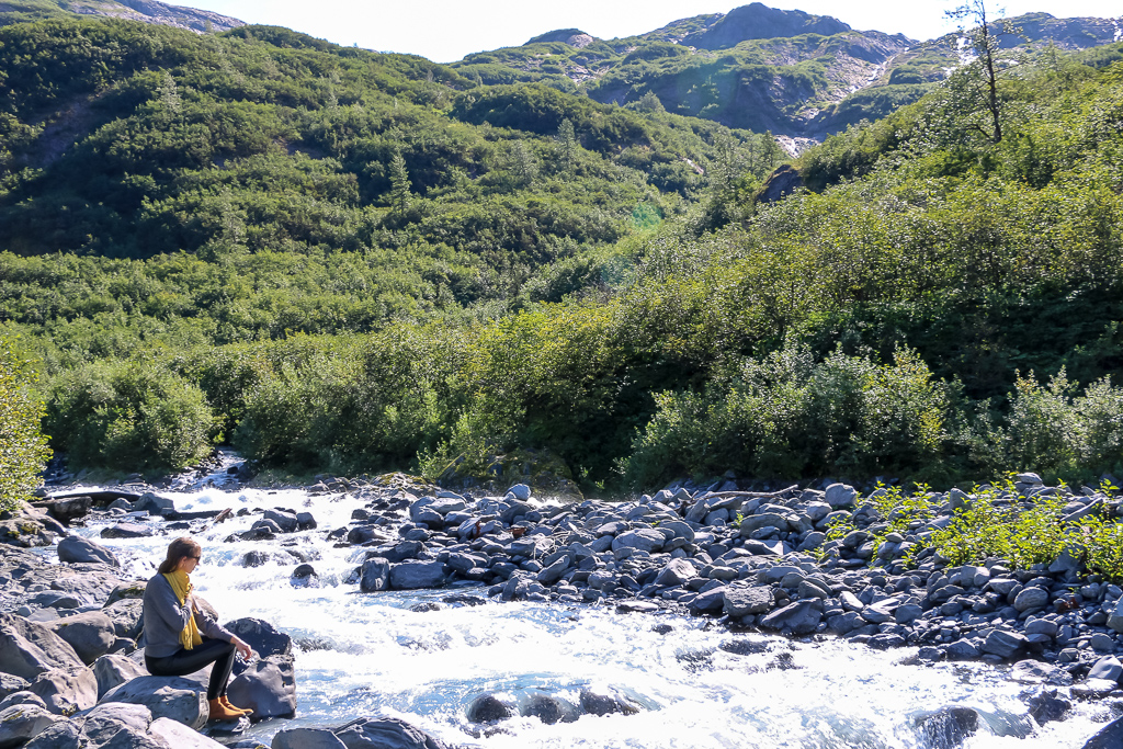 Horsetail Falls, Alaska - Roads and Destinations, roadsanddestinations.com