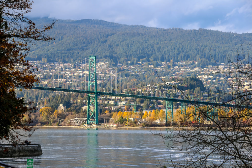 Lions Gate Bridge, Places not to Miss in Vancouver - Roads and Destinations