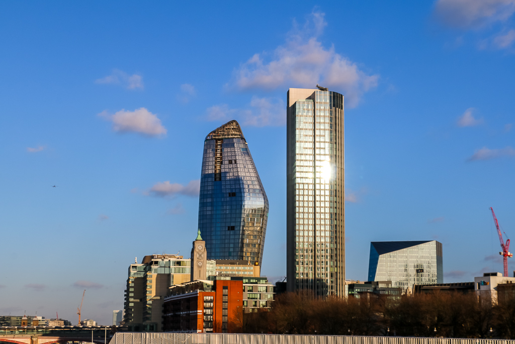 Modern architecture of London - Roads and Destinations, roadsanddestinations.com