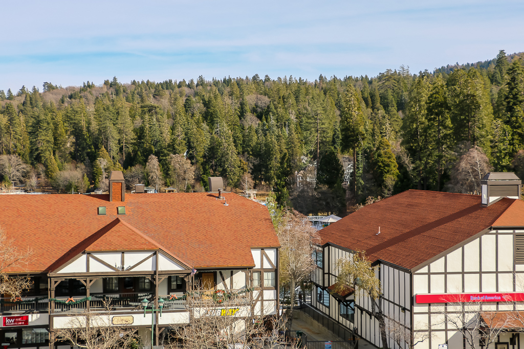 Stunning architecture of Lake Arrowhead Village