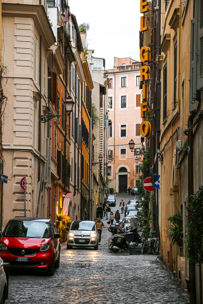 Roman streets, roadsanddestinations.com