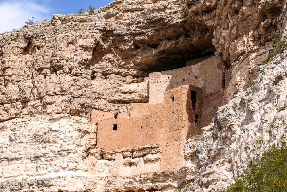 Montezuma Castle – an Unusual Castle in the Arizona, Roads and Destinations, roadsanddestinations.com