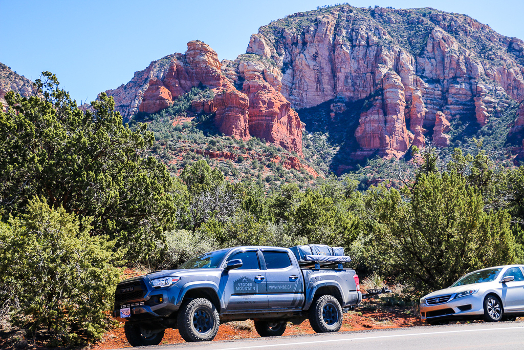 Hiking in Sedona, Arizona, roadsanddestinations.com