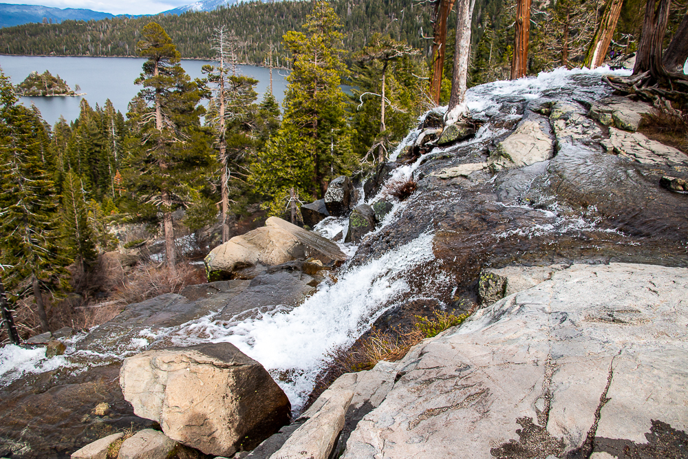 A Guide to Visiting South Lake Tahoe, roadsanddestinations.com