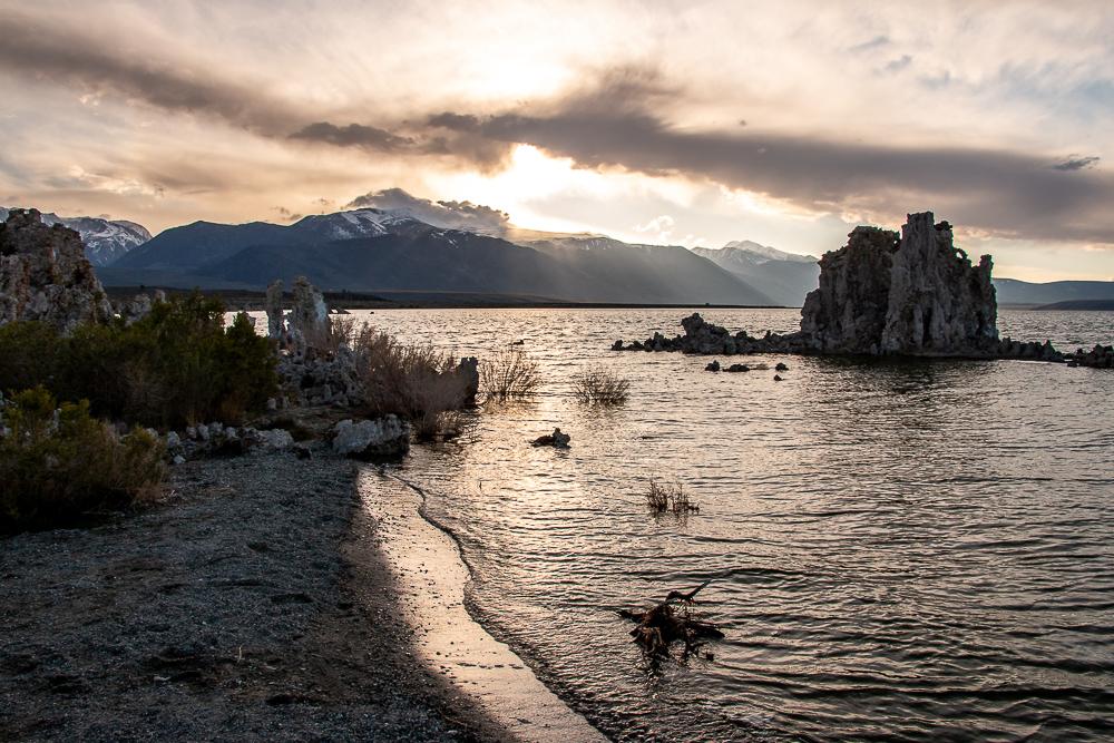 Visiting Mono Lake – South Tufa Area, roadsanddestinations.com