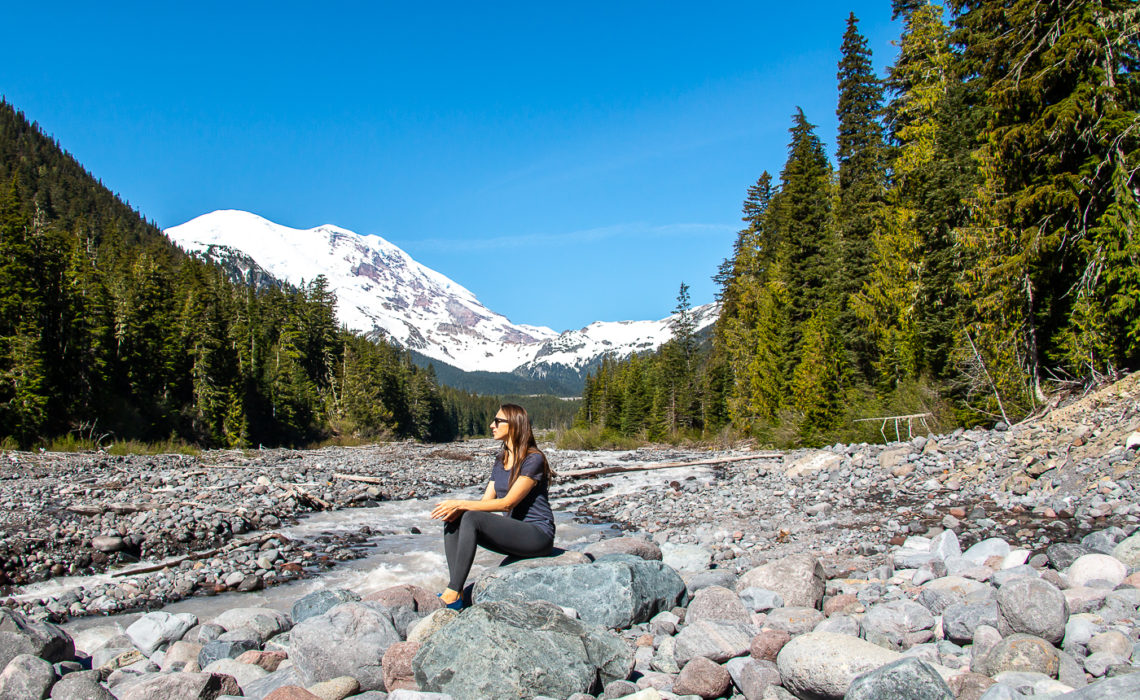 Visiting Mount Rainier National Park in One Day.roadsanddestinations.com