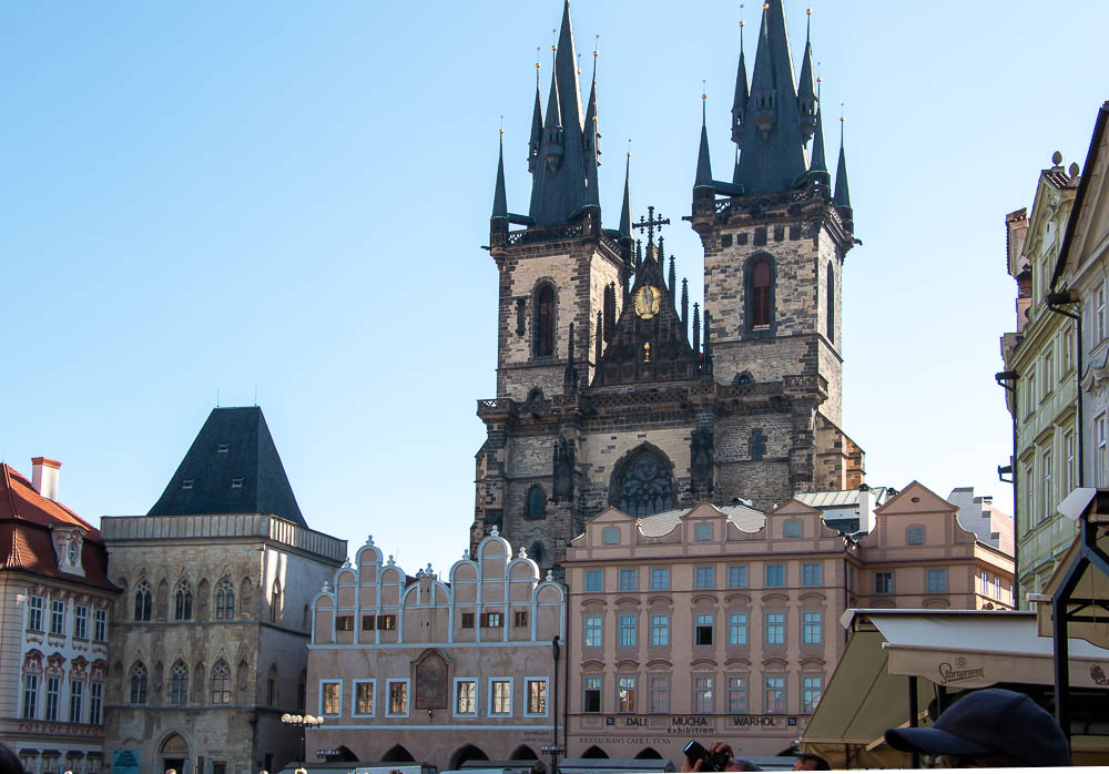 Prague Tours, roadsanddestinations.com