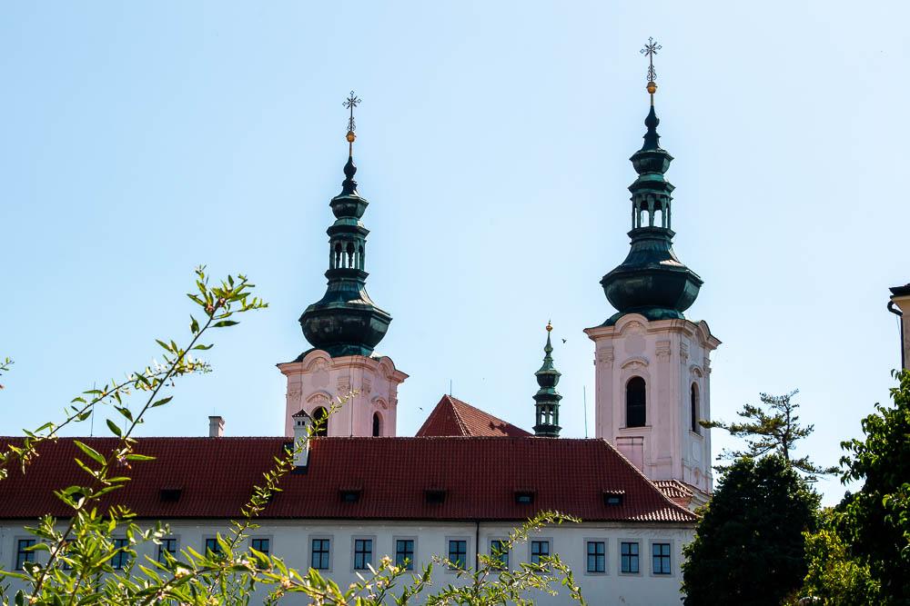 Prague Walking Tour, roadsanddestinations.com
