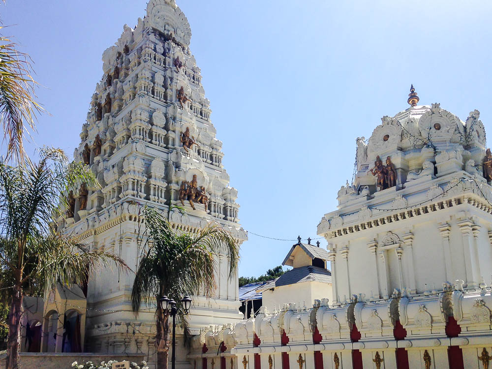 Malibu Hindu Temple, roadsanddestinations.com