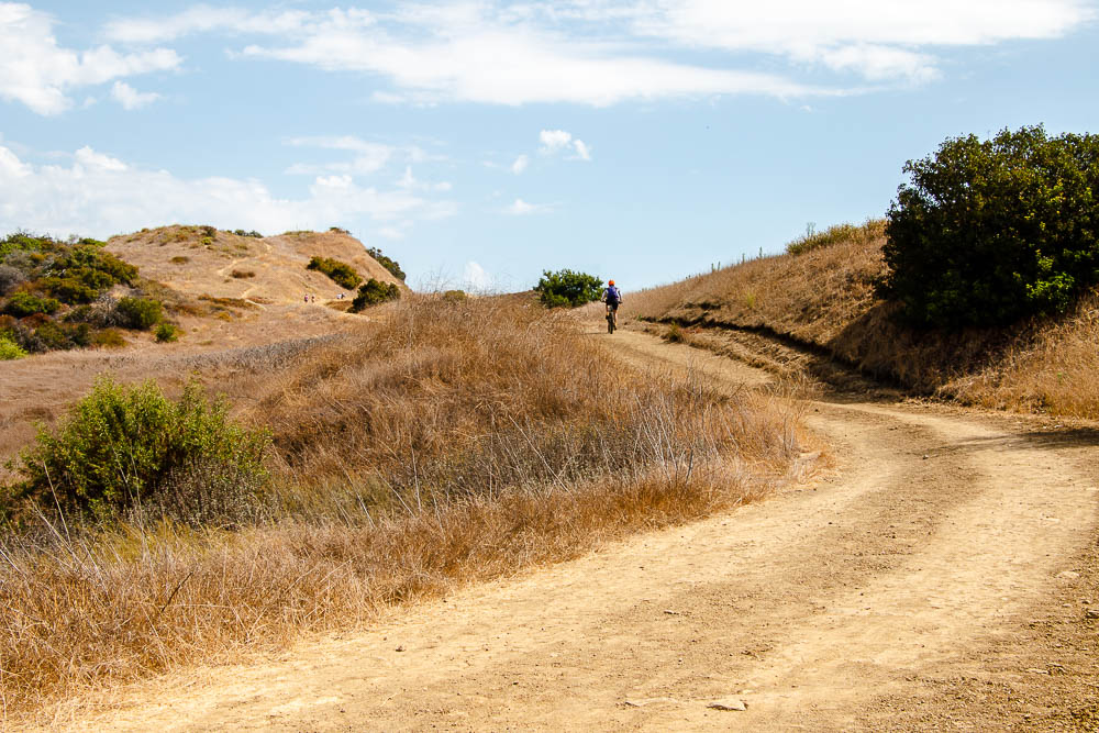 Least Crowded Hiking Places in Los Angeles, Roadsanddestinations.com