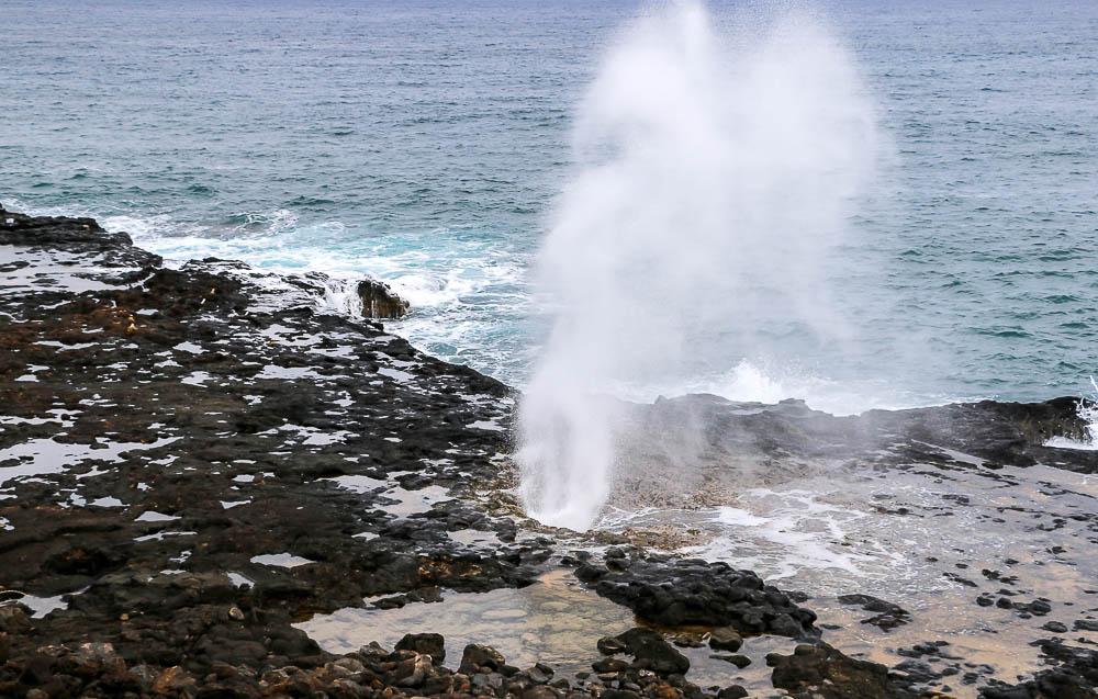 spouting horn kauai, roadsanddestinations.com