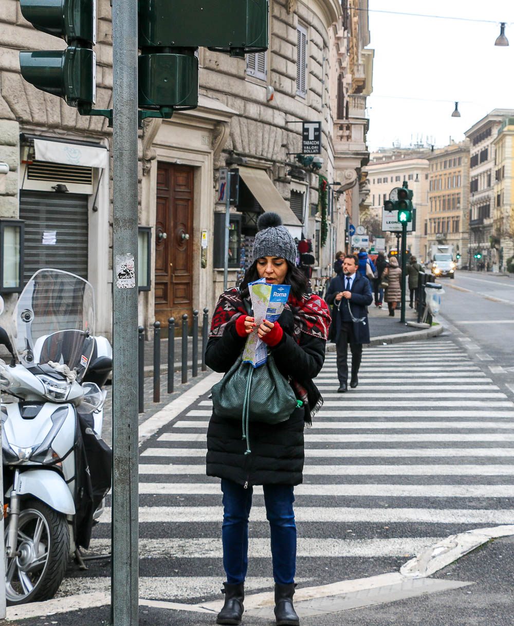 Tourists in Rome, roadsanddestinations.com