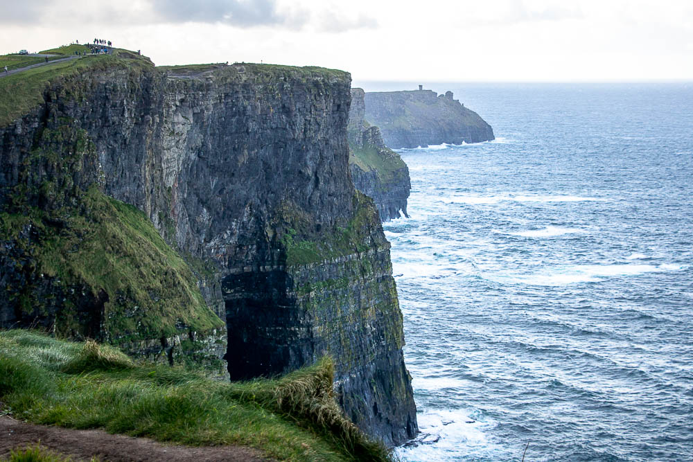 How to Visit Cliffs of Moher when visiting Doolin, forty shades of green _ www.roadsanddestinations.com