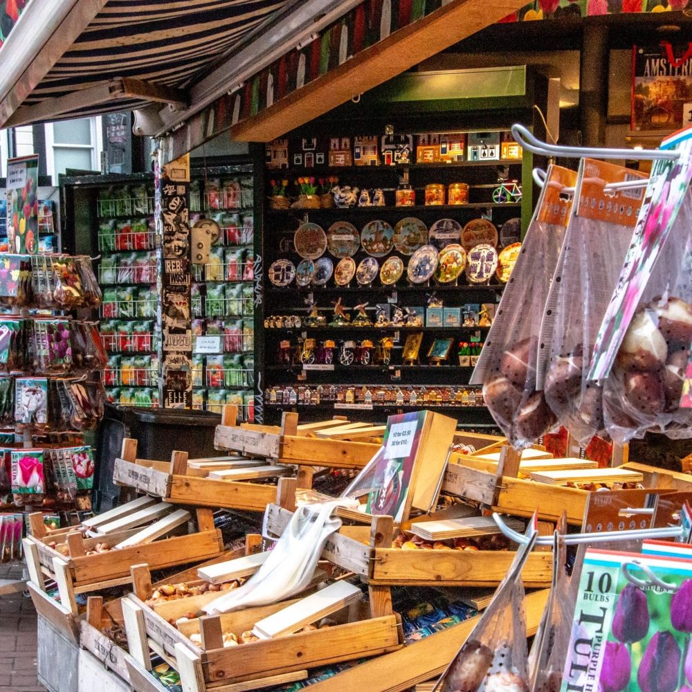 Amsterdam travel guide, Best things to do in Amsterdam, Roads and Destinations, roadsanddestinations.com