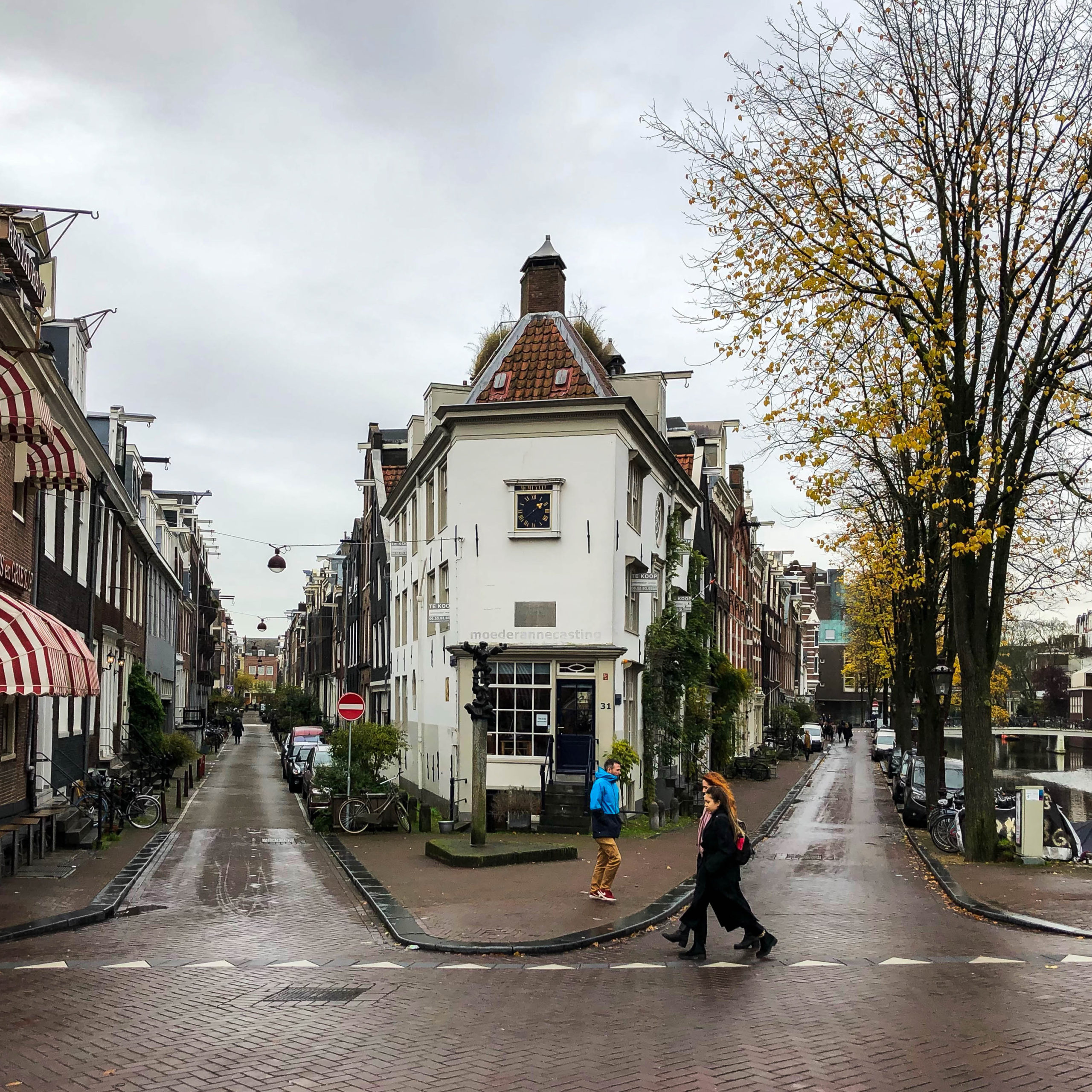 Amsterdam travel guide, www.roadsanddestinations.com