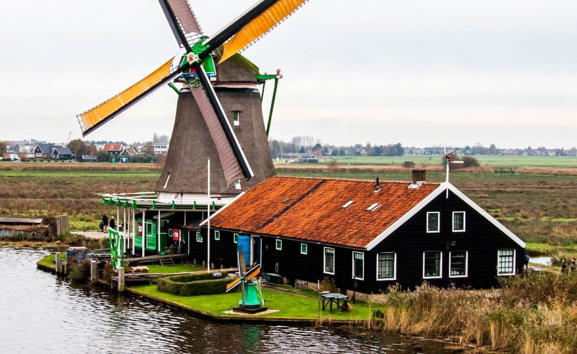 4 days in Amsterdam, Zaanse Schans. www.roadsanddestinations.com