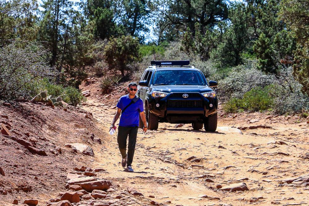 Hiking Devil's Bridge Trail. Create road trip itinerary, www.roadsanddestinations.com