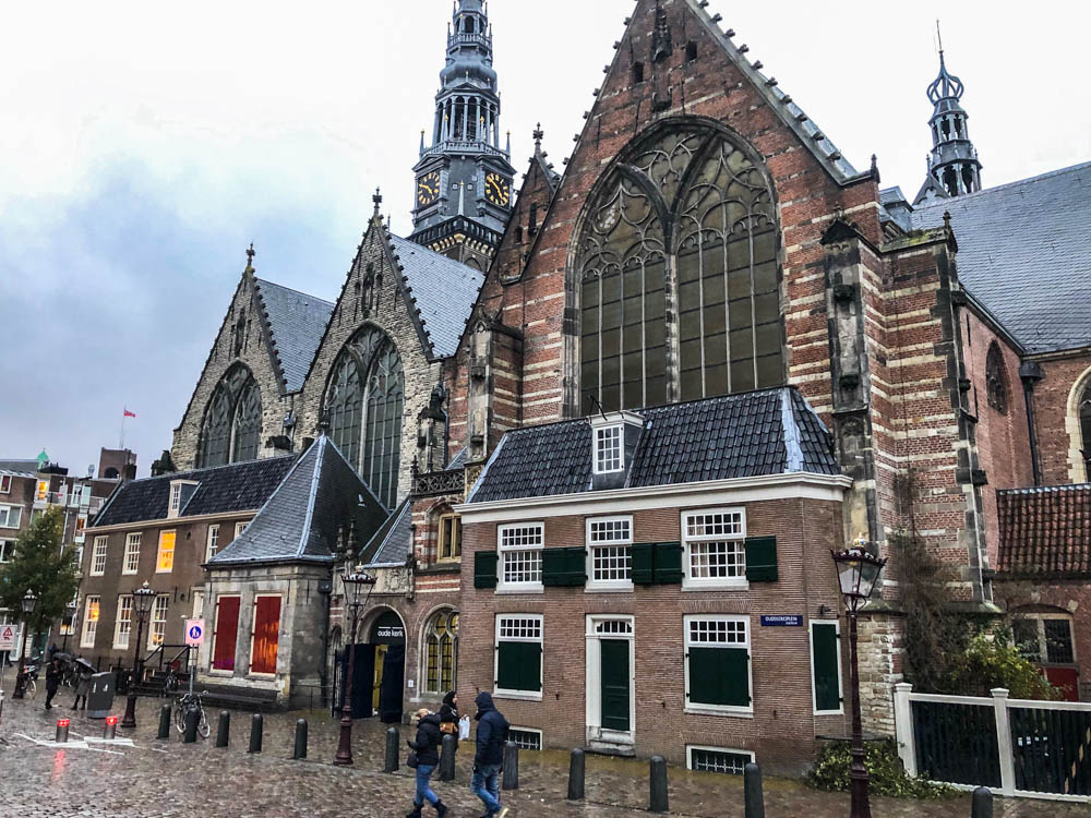 Oude Kerk| Roads and Destinations, roadsanddestinations.com