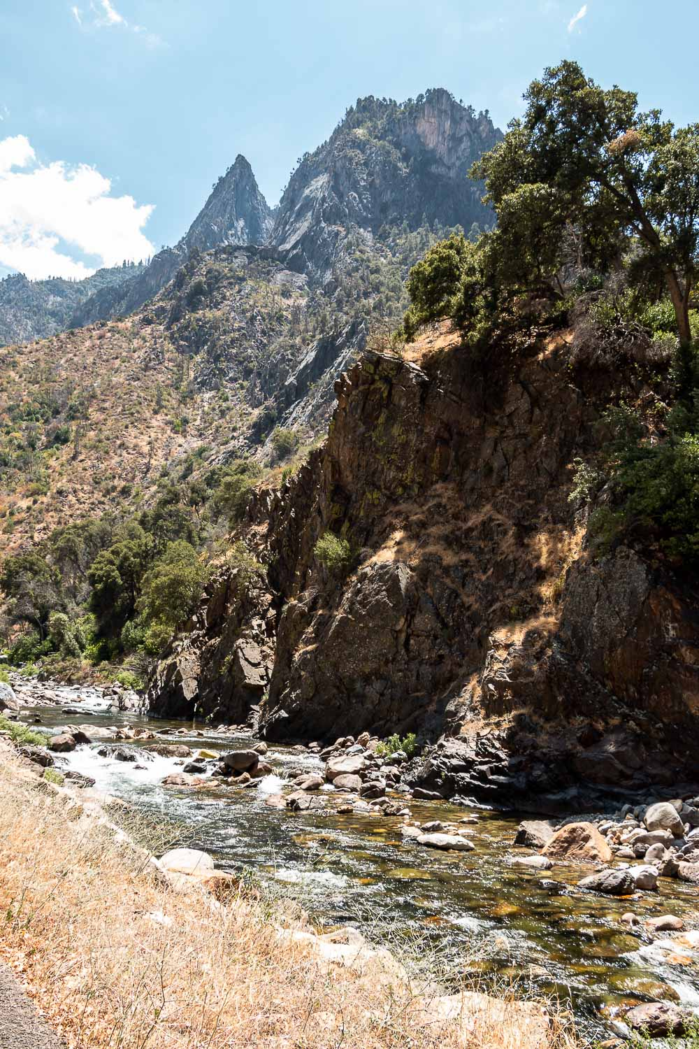 One Day in Kings Canyon National Park - Roads and Destinations. roadsanddestinations.com.