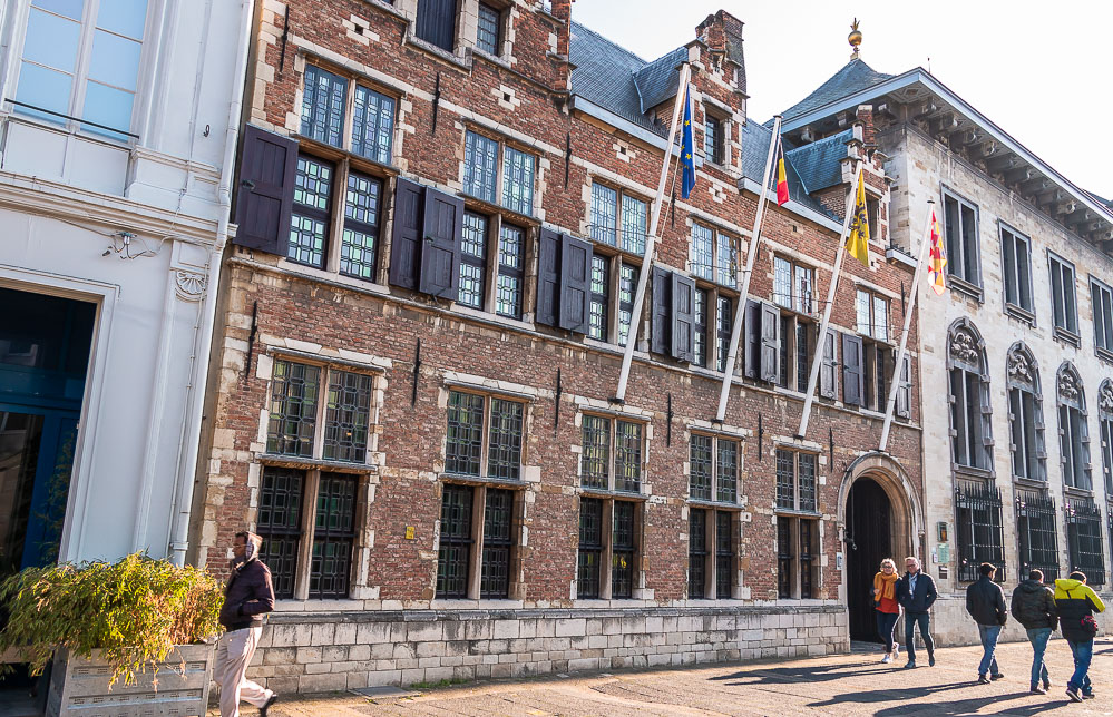 Things to do in Antwerp - Roads and Destinations. roadsanddestinations.com