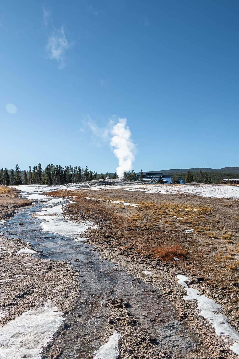 Upper Geyser Basin - Roads and Destinations, roadsanddestinations.com