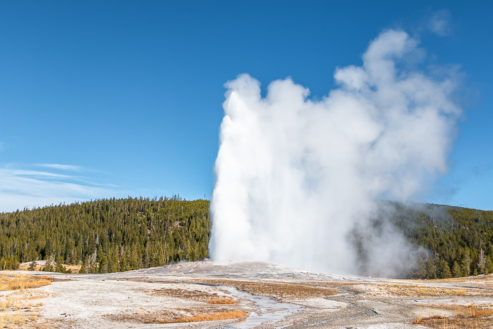 Visit Old Faithful - Roads and Destinations, roadsanddestinations.com