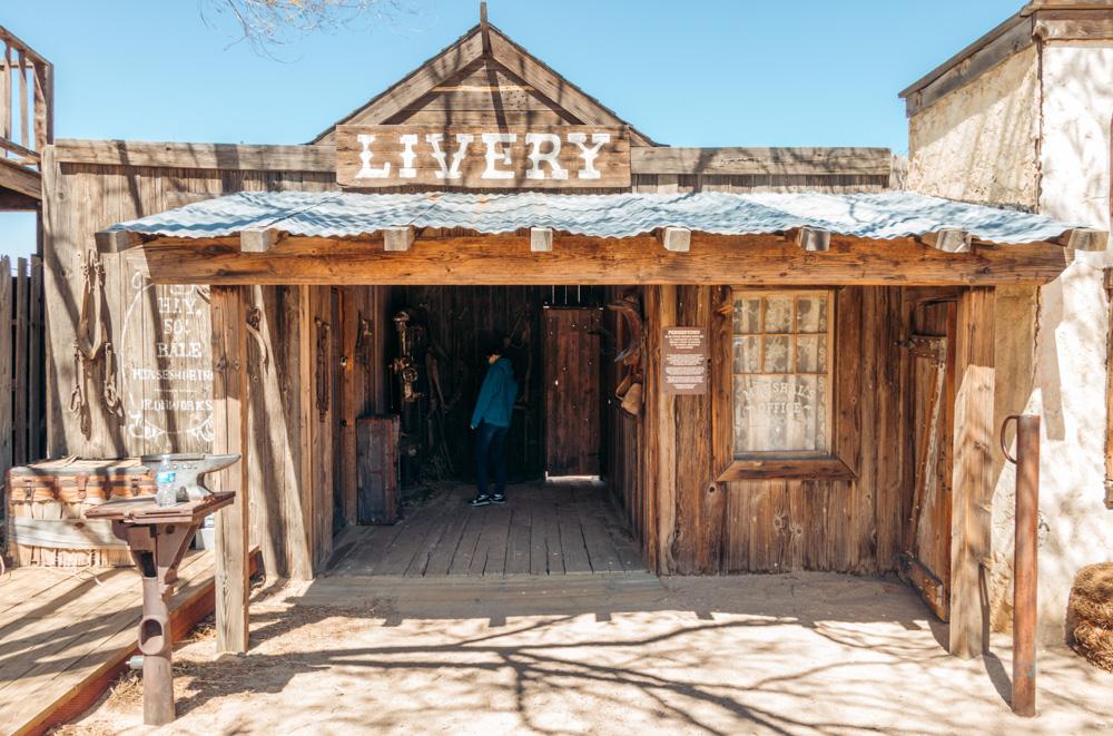 Visit Pioneertown - Roads and Destinations