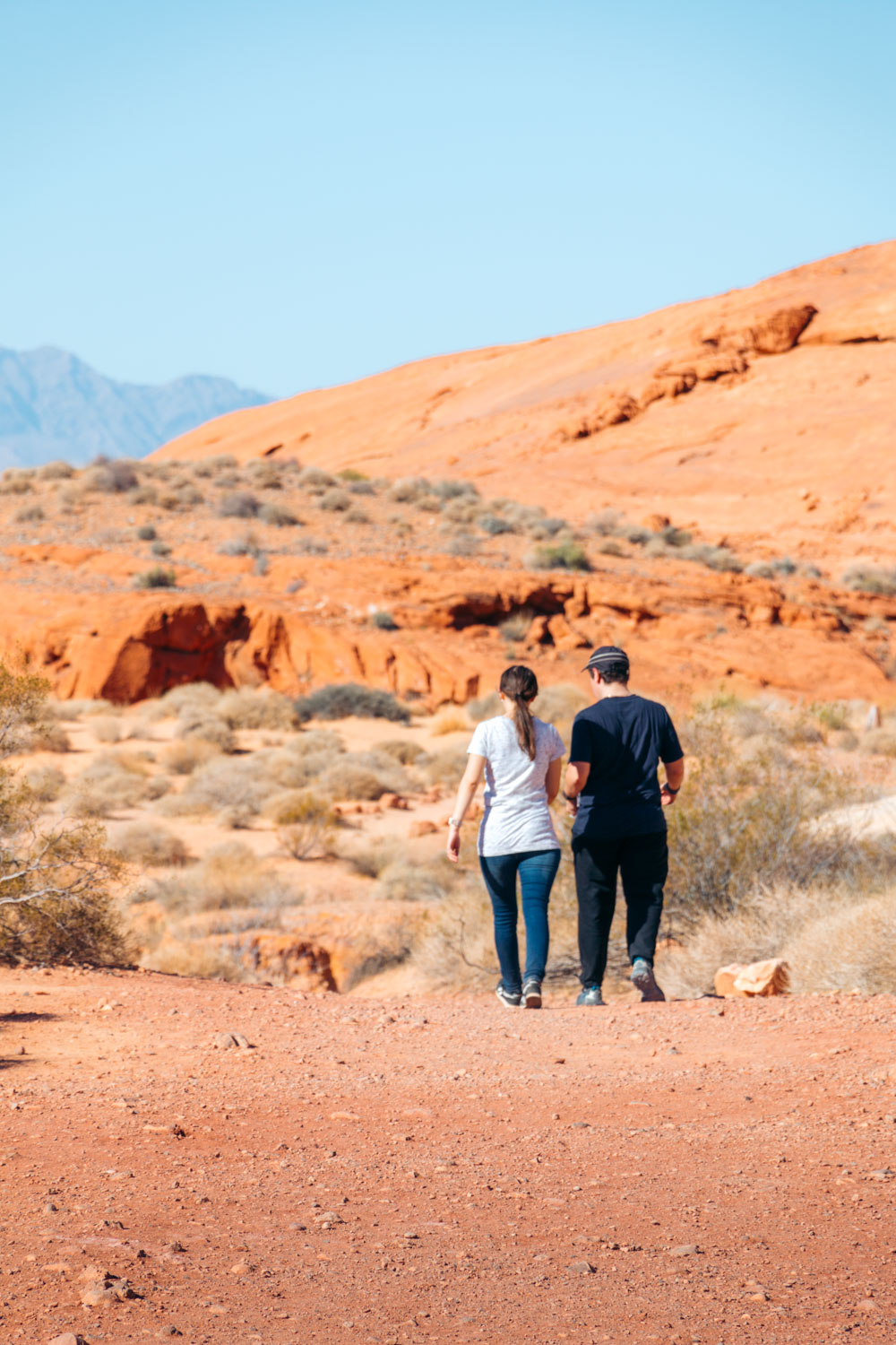 Hike White Domes Trail in Valley of Fire - Roads and Destinations