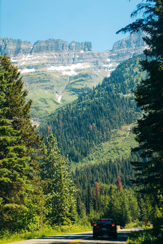 Glacier National Park Travel Guide - Roads and Destinations