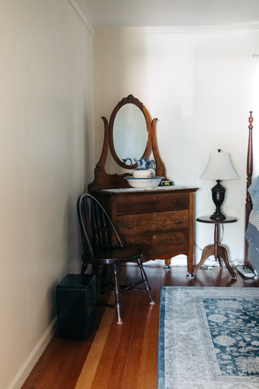 Grandma's Cozy Farmhouse, an ideal Airbnb stay - Roads and Destinations