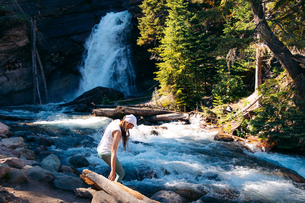 Hike to Baring Falls - Roads and Destinations